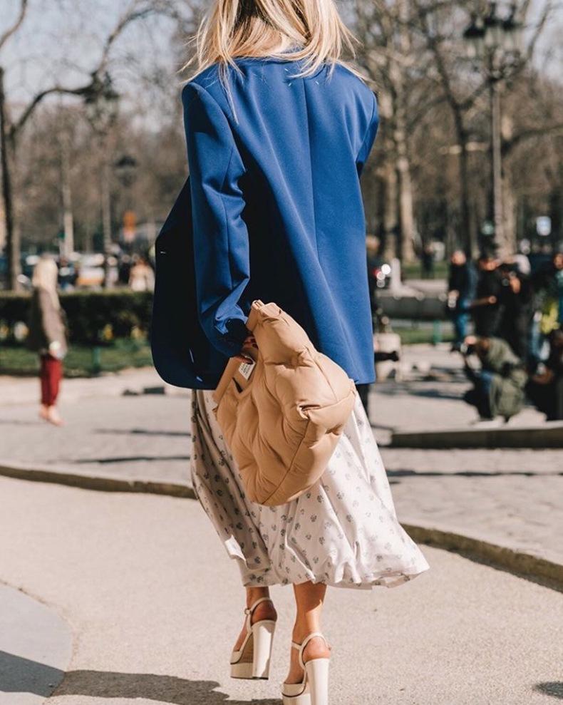 Пиджак размера XXL - тренд 2021 года: как правильно носить его наступающей весной