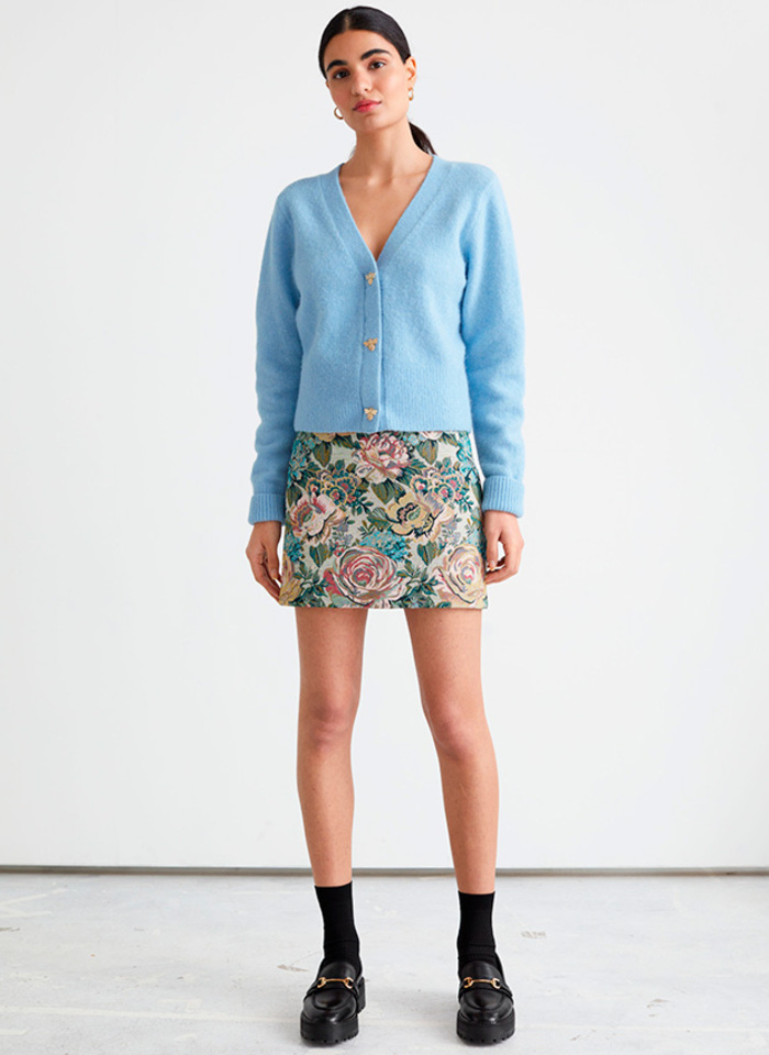 Мини-юбки станут трендом весны 2021 года: стильные модели и цвета