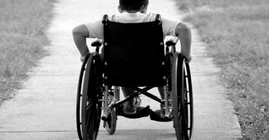 Я отдаю своего 7 летнего ребенка, глубокого инвалида, в интернат, чтобы забыть о его существовании. Я не жалею об этом.