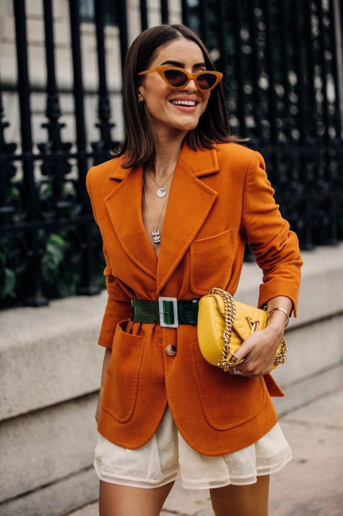 Теплый стильный костюм: модные луки стритстайла  переходного  весеннего периода