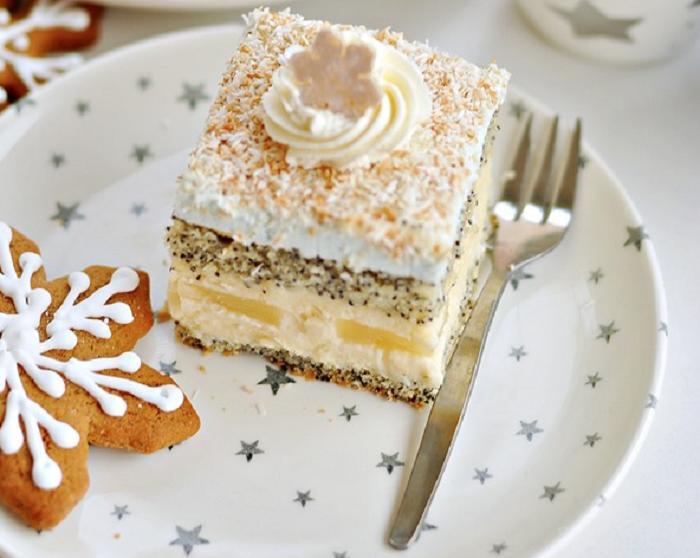 Маково-бисквитный торт «Звезда» с кокосом и ананасом: рецепт нежного ароматного десерта