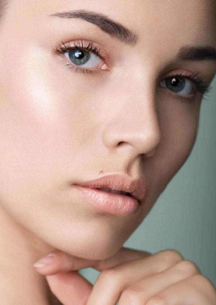 Как помолодеть быстро и в домашних условиях: из яичного белка делаем домашнюю маску для лица с эффектом лифтинга