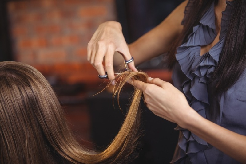 Известно, что Луна влияет на состояние и рост волос: когда в апреле лучше идти на стрижку