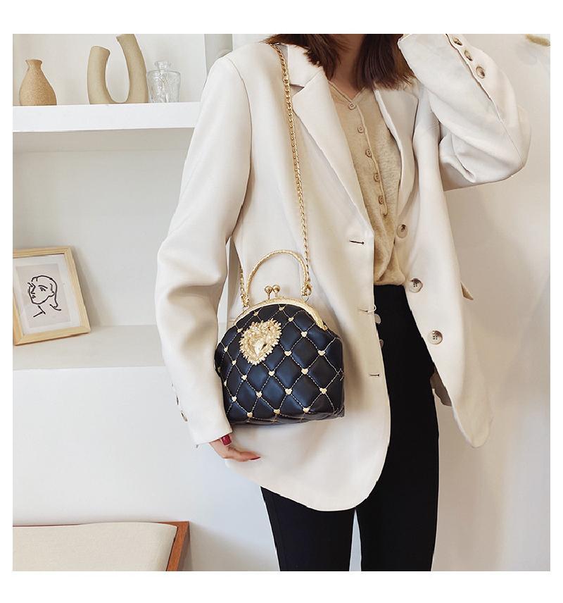 Коробочка на ремешке или мягкий шопер: популярные модели женских сумок этого года (выбираем идеальный аксессуар)