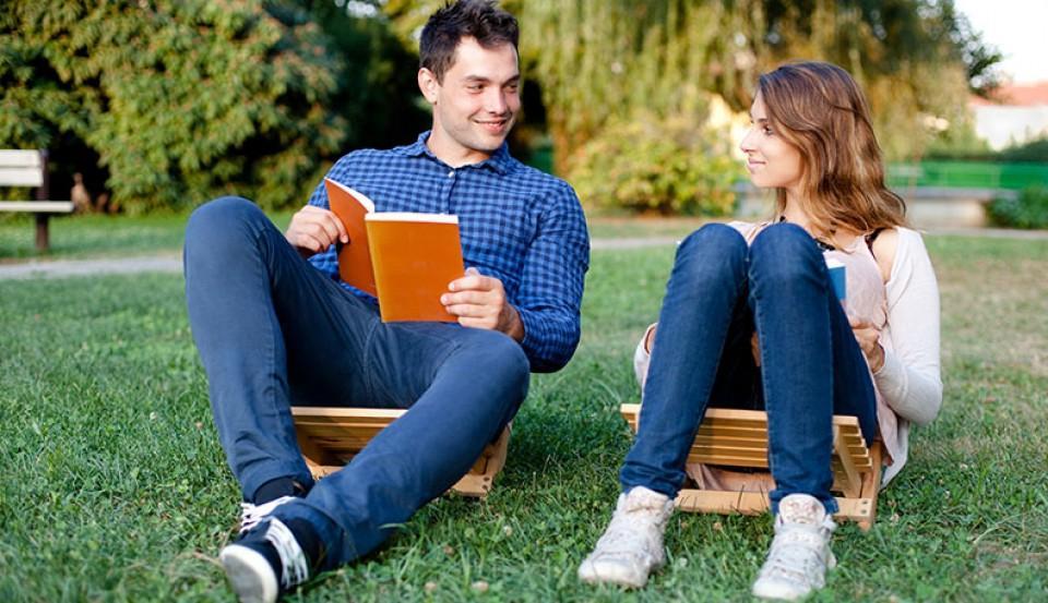 Отсутствие зависти и другие признаки: как понять, что вы и ваш партнер интеллектуально дополняете друг друга