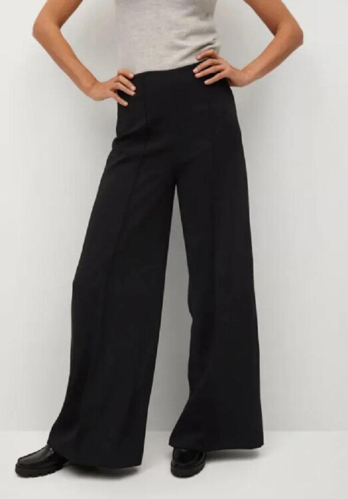 Узкие и немного расклешенные и другие модные модели женских брюк на этот сезон