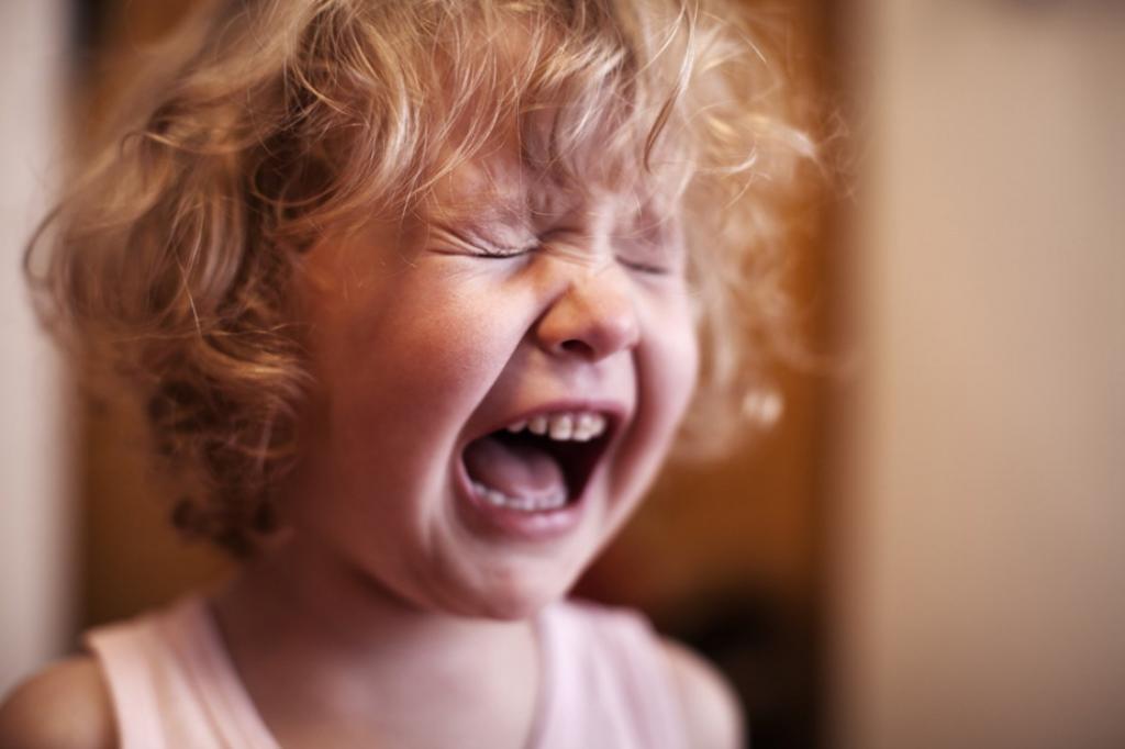 Что делать, когда у ребенка истерика: основные правила поведения для родителей
