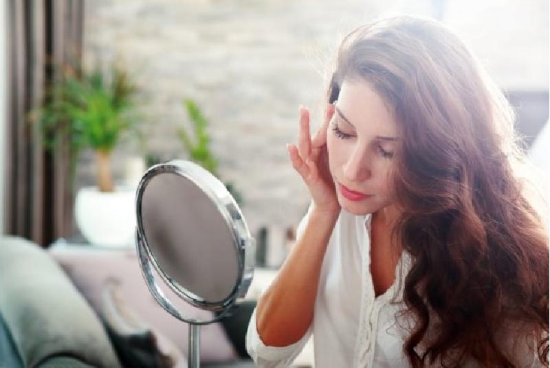 Ощущение сухости или стянутости? 10 признаков того, что мы ухаживаем за кожей неправильно