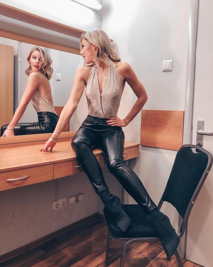 Спорт, баня и много воды: как певица Юлианна Караулова ухаживает за собой и поддерживает фигуру