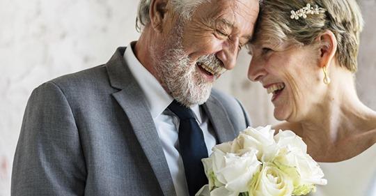 Вышла замуж в 60 лет за попутчика в поезде. У меня было очень много страхов