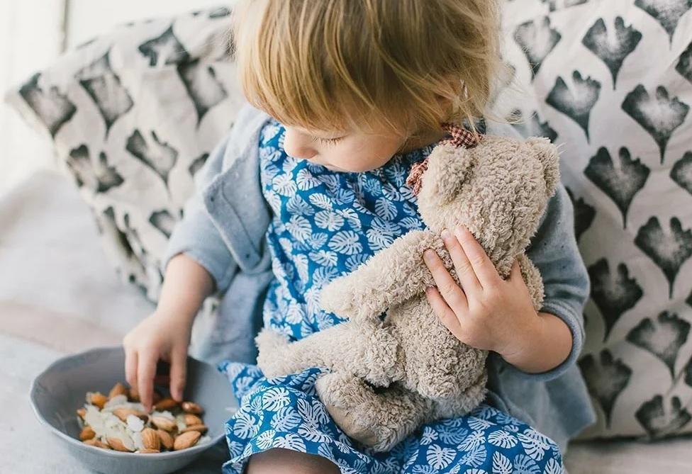 Помогает худеть: назван самый полезный орех для перекуса