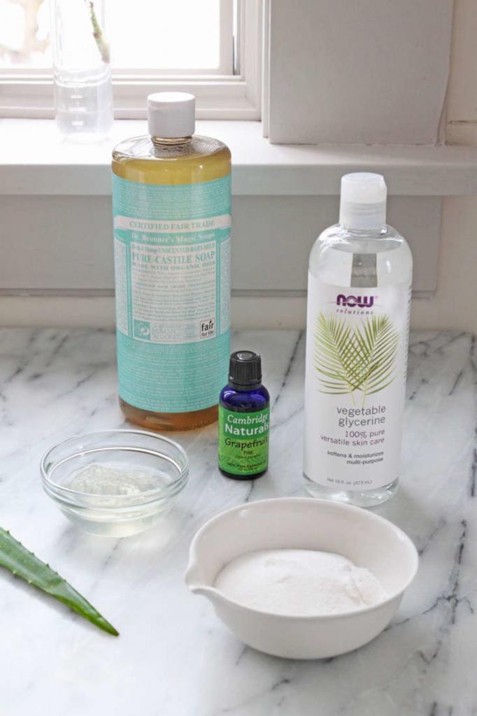 Как сделать домашнее средство для мытья посуды. Оно с глицерином и маслами, не сушит кожу