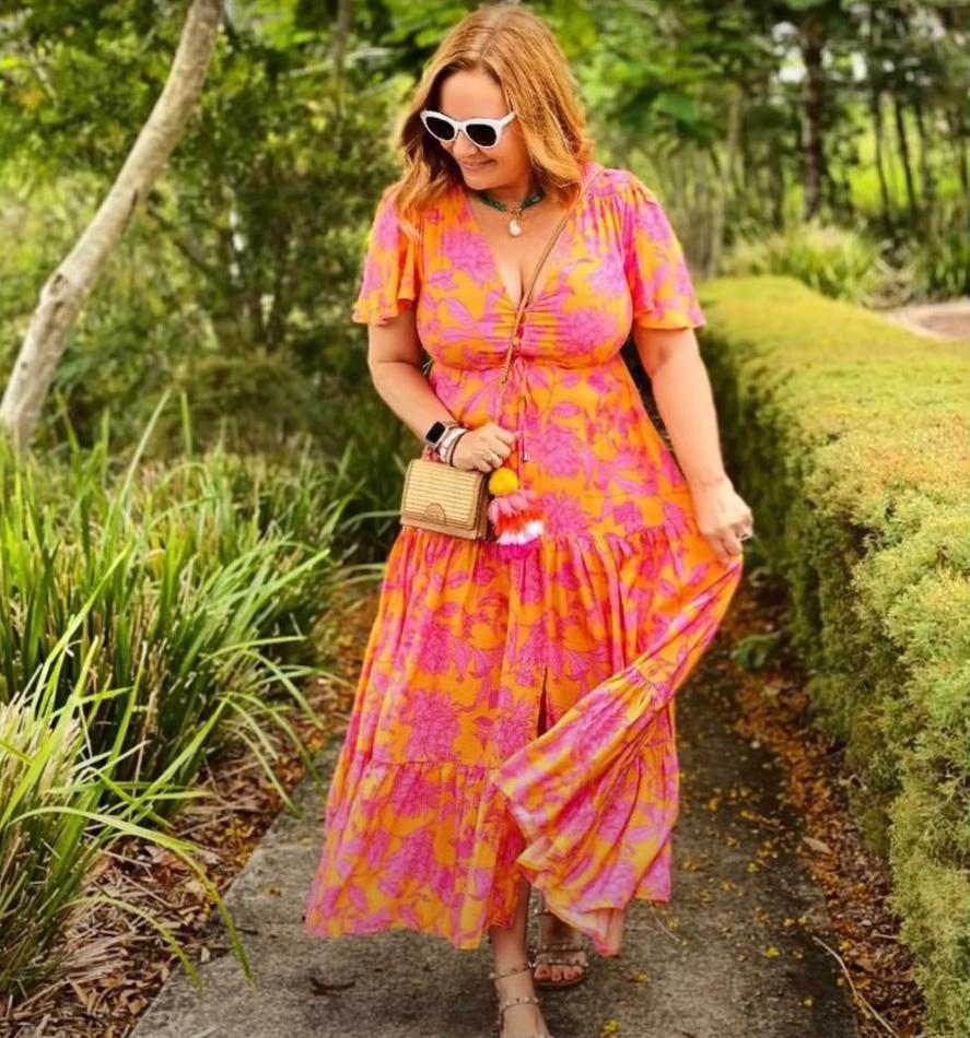 Возраст и комплекция стилю не помеха: как носить модные платья весны полным женщинам за 55 (трендовые модели и советы)