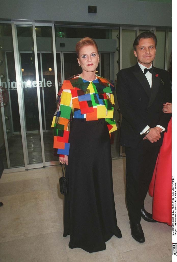 Модный провал на королевском уровне: очень странные платья, в которых были замечены герцогини и принцессы