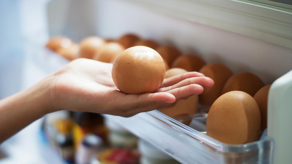 Врач диетолог назвал самый полезный и самый вредный варианты приготовления яиц