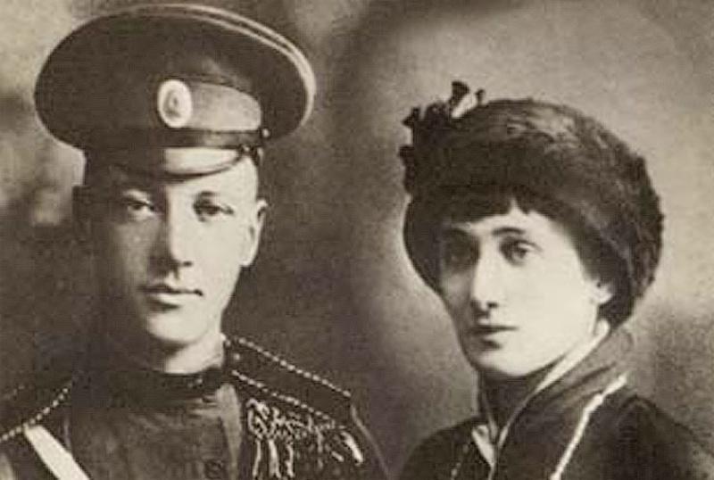 При заключении брака договорились рассказывать об изменах. Как жили Ахматова и Гумилев