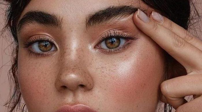 Естественные брови - самая актуальная тенденция: как подрезать, уложить и вообще выглядеть красавицей