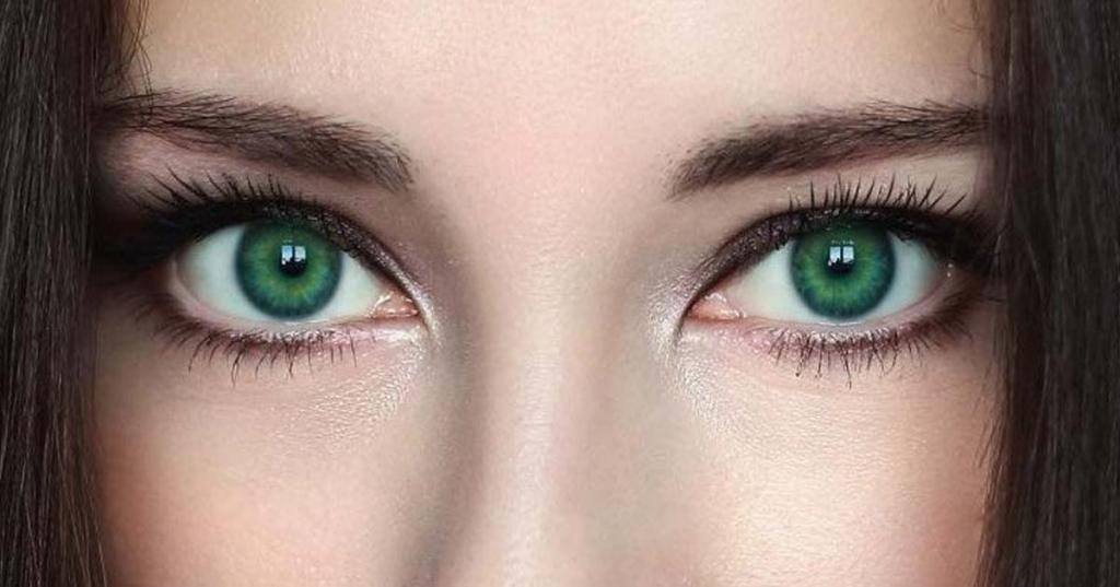 Какой цвет волос подойдет зеленоглазым с разными тонами кожи
