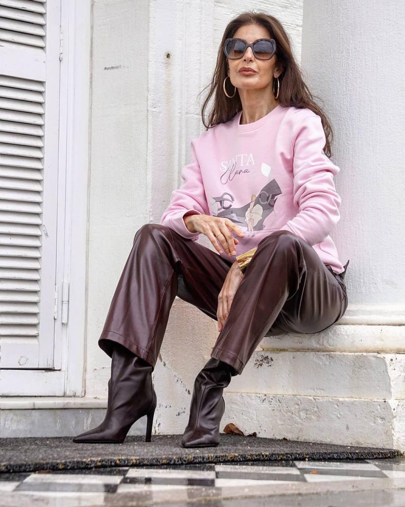 Женщина без возраста: модный блогер и мать взрослых детей вдохновляет своими стильными образами