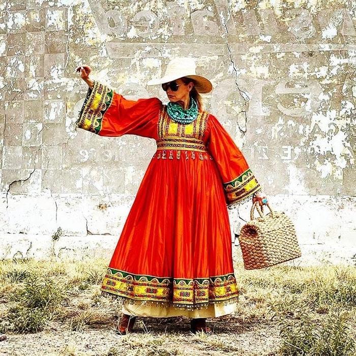 Для тех, кто обожает богемный шик: создаем модную капсулу на лето для женщин старше 40