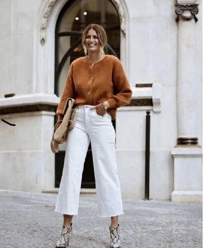 Минимализм в одежде: подборка образов для женщин, предпочитающих нейтральный стиль