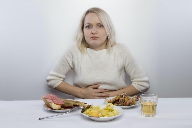 Не есть на ходу и другие привычки, которые помогут не переедать