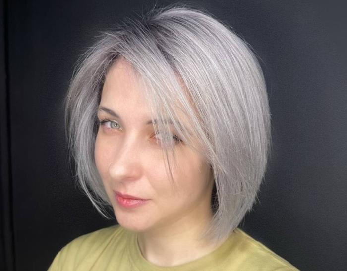 Глитч и пиксель арт: гайд по летним трендам в окрашивании волос от стилиста