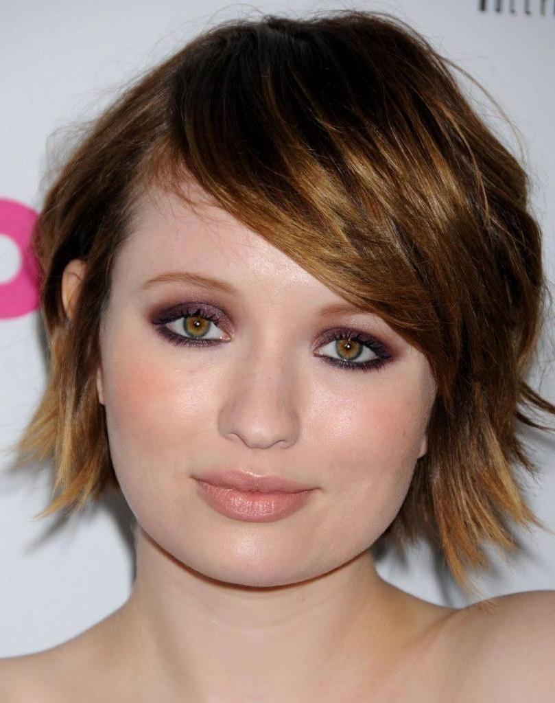 Как стричь волосы, если лицо круглое: правило высоты лба (для стильной прически)