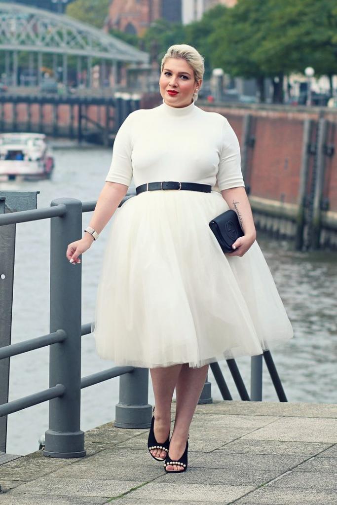 С чем носить юбки из тюля и фатина полным женщинам: подборка идеальных образов