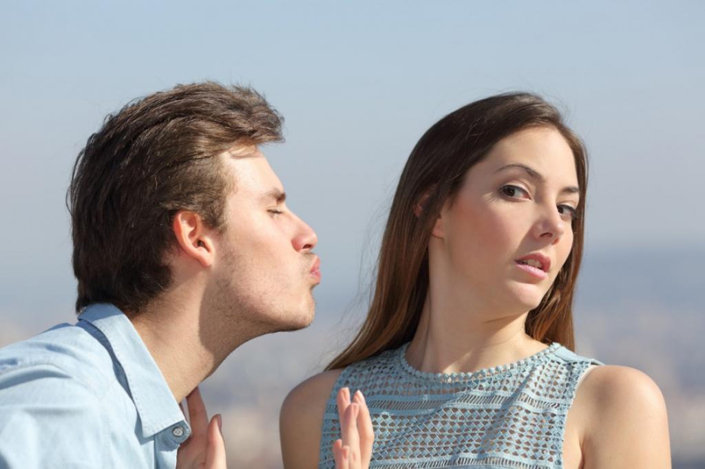 Избегают сильных переживаний: 4 знака зодиака, которые стараются не влюбляться