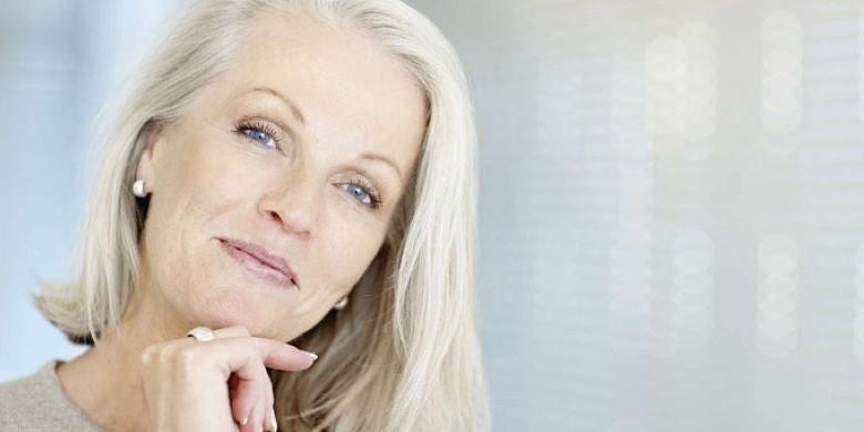 Как нужно красить ресницы женщинам в возрасте, чтобы их казалось больше