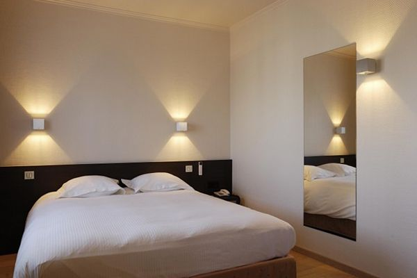 Как правильно выбрать освещение в спальне