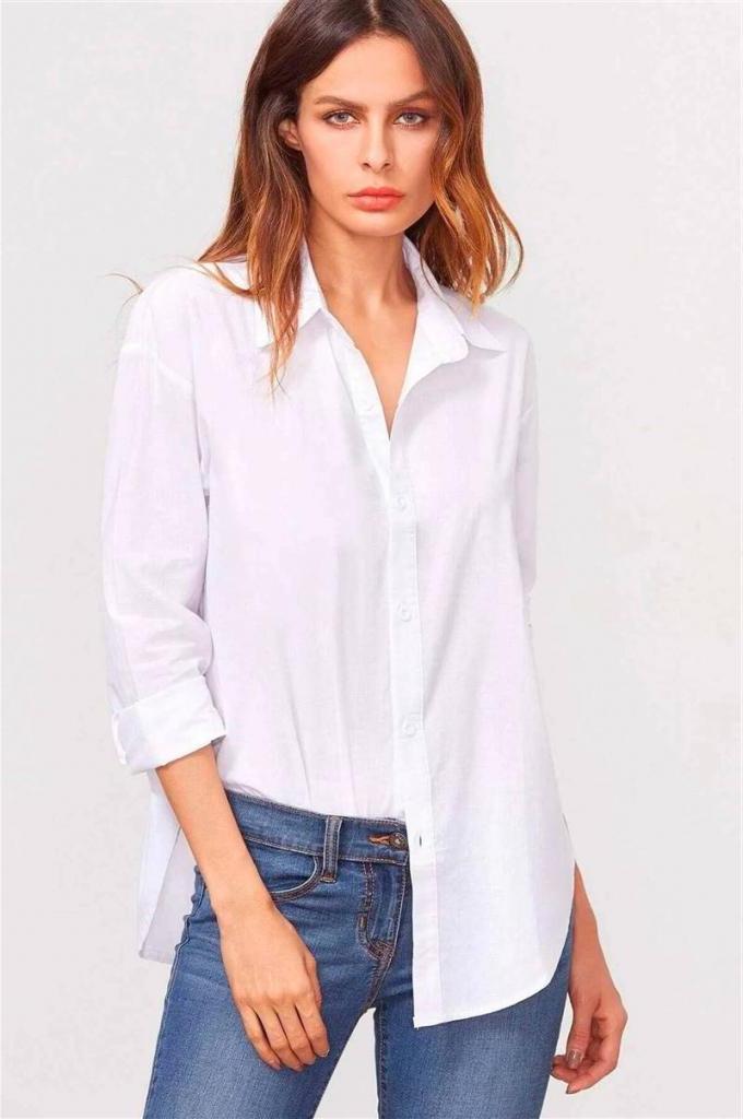 Белая, конечно, вне конкуренции, но есть и другие модные модели: как носить рубашки и блузы с джинсами (стильные приемы)