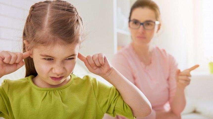 Проблемы воспитания им очень знакомы: астрологи назвали 4 пары знаков, у которых вырастают проблемные дети