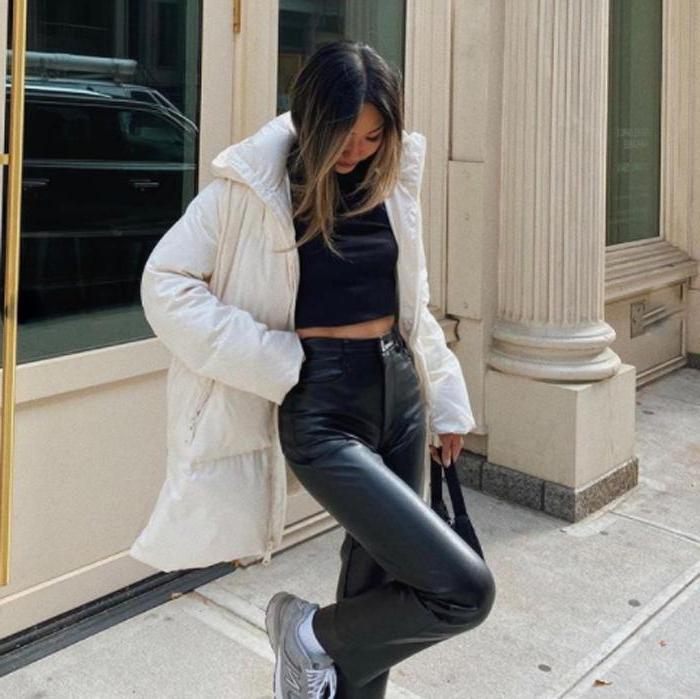Стильные пуховики и другие женские куртки для наступающего сезона холодов
