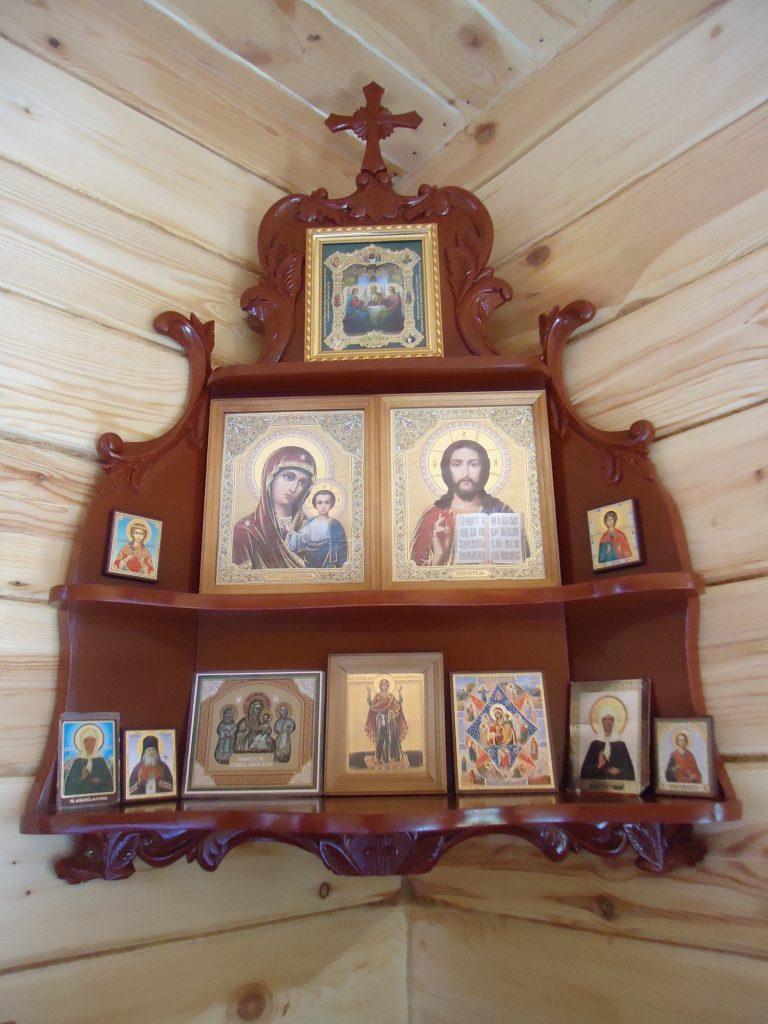 Неопалимая Купина, Семистрельная и другие иконы, которым место над входом