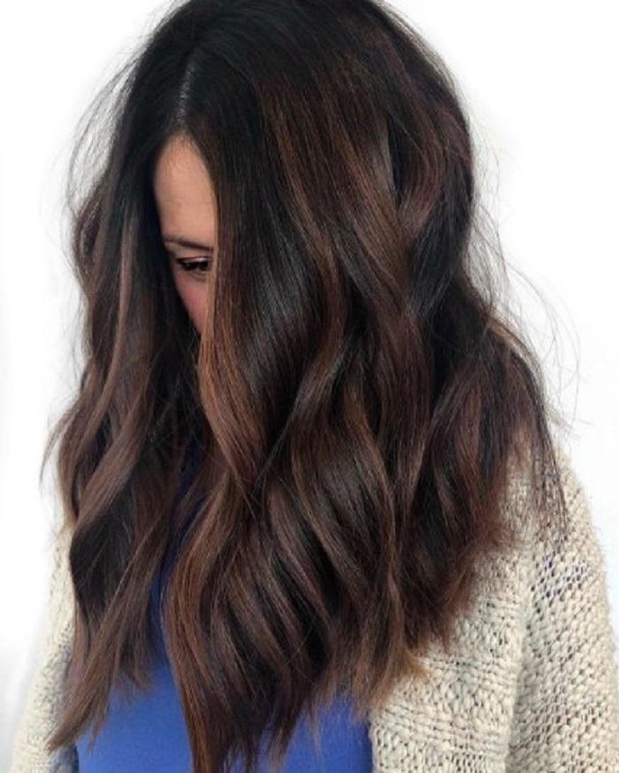 «Грязный» пепельный блонд и еще несколько модных оттенков зимы, в которые захочется покрасить волосы