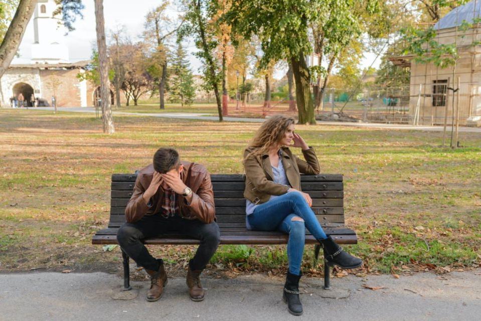 Комментарии друзей: почему парни редко загружают фото подруг в соцсети