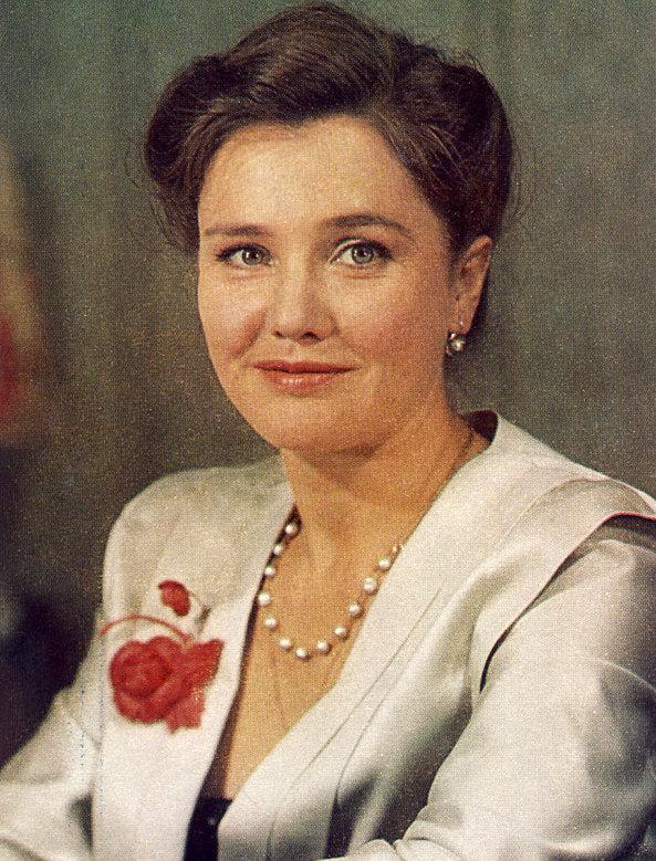 Жанна Прохоренко: биография, личная жизнь, семья, фото и лучшие фильмы актрисы