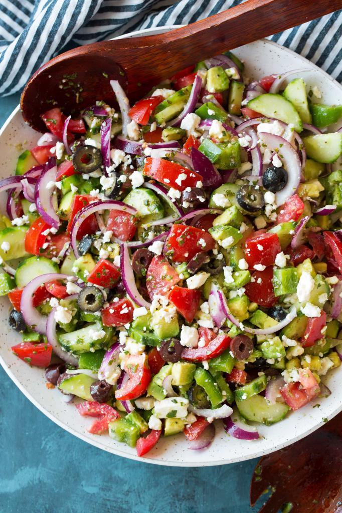 Вегетарианские салаты: рецепты приготовления
