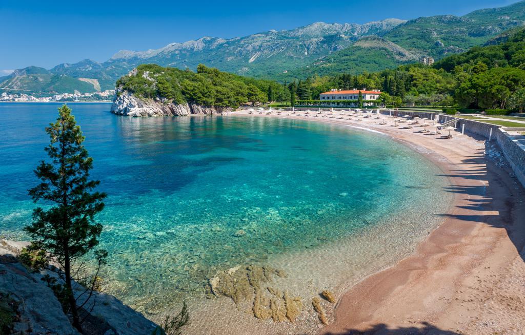 Прекрасное Адриатическое море Черногории