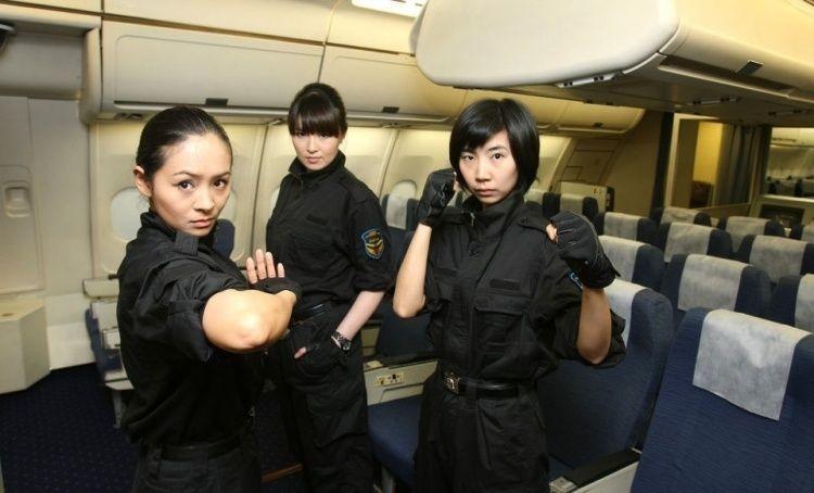 Женщины телохранители