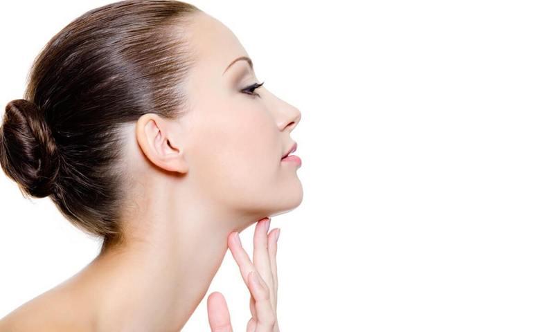 Красивая шея: Эти несложные процедуры приведут в тонус мышцы и кожу