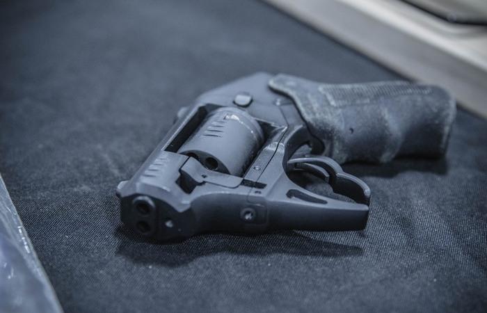 «Запрещенный» револьвер S333 Thunderstruck, который по закону США был пулеметом
