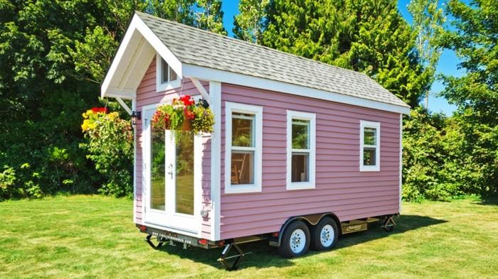 Крошечный домик в 15 кв м.: прекрасный вариант для дачи или поездок на море
