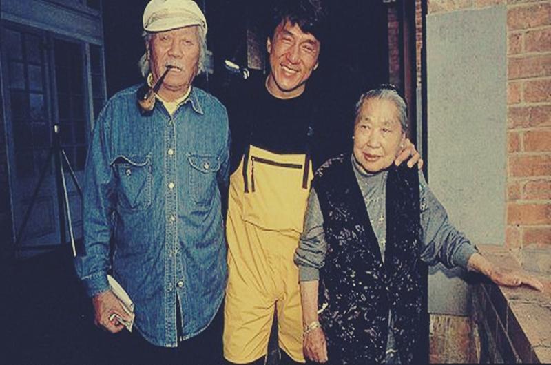 Джеки Чан биография личная жизнь семья жена дети  фото