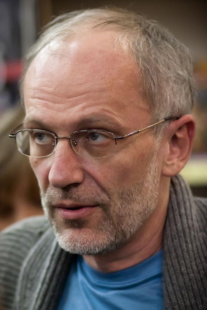Телеведущий Александр Гордон: биография, личная жизнь, фото и интересные факты