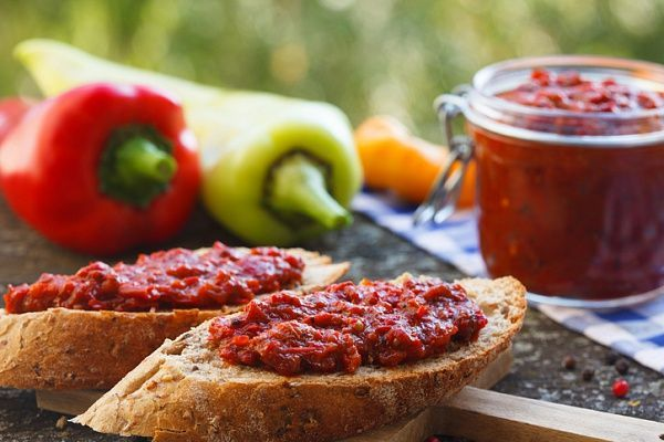 Айвар: изумительная закуска из печеного перца