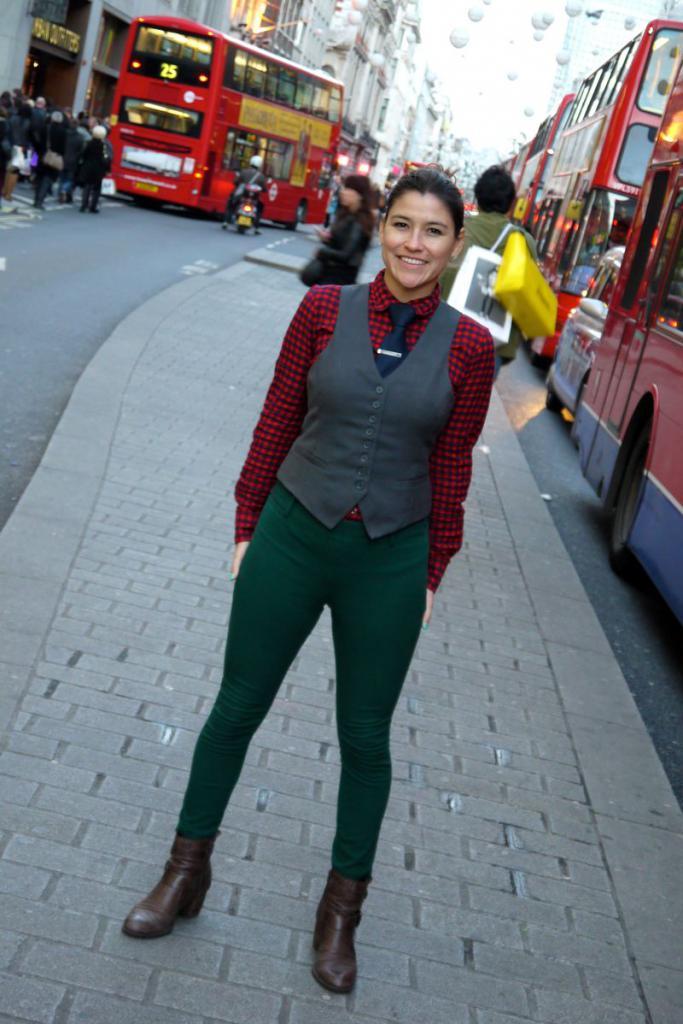Модные женские жилеты: обзор трендовых моделей, рекомендации стилиста по созданию с ними актуальных образов