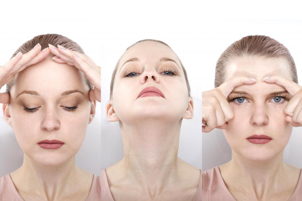 Йога для омоложения лица представляет много методик и упражнений для подтяжки овала и укрепления мышц лица.